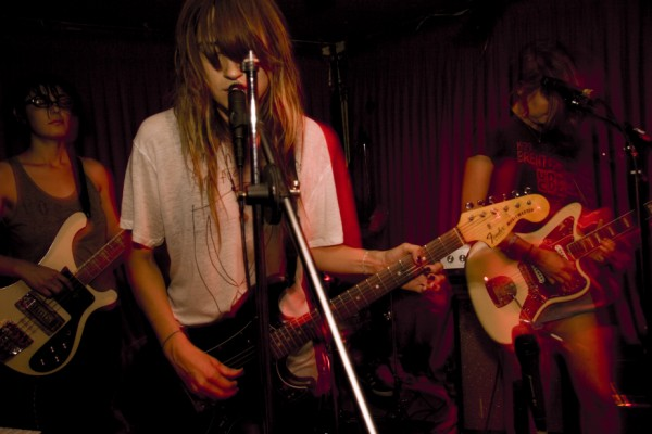 warpaint-guitars1 []