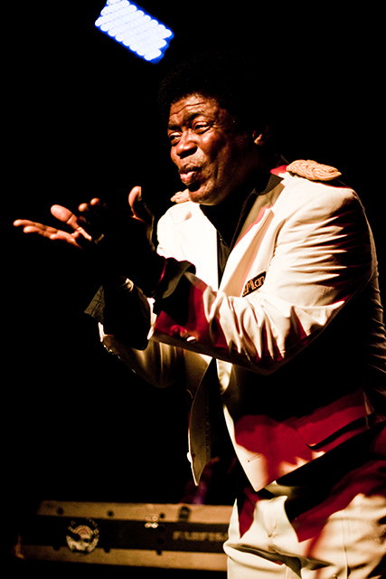 Charles Bradley :: Victim Of Love