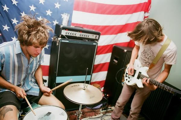 JEFF The Brotherhood and The Greenhornes   Free Tix
