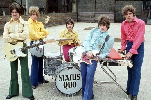 Status Quo :: Living On An Island